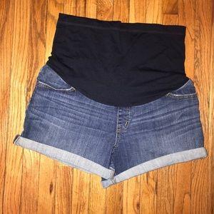 Maternity jean denim shorts Liz Lange